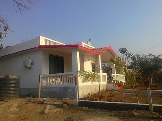 Karjat bungalow to oy peace and privacy in arms of Karjat calmness and greenery. - Karjat vacation rentals