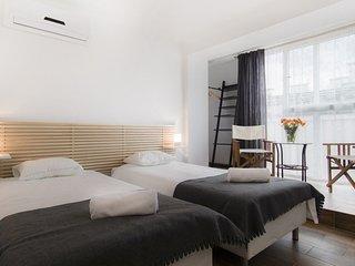 New Apartment Zyblikiewicza - Krakow vacation rentals