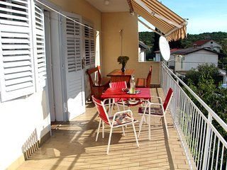 3Bedroom Apartment Near Festival in Tisno TP81A1 - Tisno vacation rentals