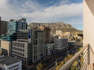 Spacious 1 bedroom apartment in De Waterkant - Cape Town vacation rentals