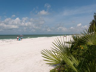 Nice Condo with Internet Access and A/C - Treasure Island vacation rentals