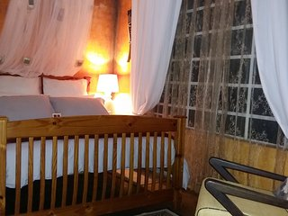 1 bedroom Apartment with Housekeeping Included in Nelspruit - Nelspruit vacation rentals