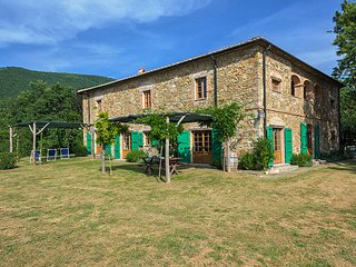 Bright Villa with Internet Access and Television - Monterotondo Marittimo vacation rentals