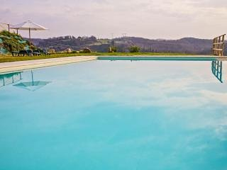 Amarrante Buganvillea Holiday apartment - Montaione vacation rentals