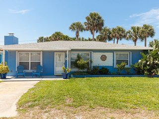Perfect House with Internet Access and A/C - New Smyrna Beach vacation rentals