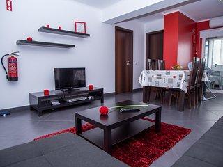 Kojima Red Apartment, Portimão, Algarve - Portimão vacation rentals