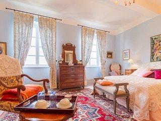 Chambres d'Hôte Saint-Roch, Piscine couverte, Gers - Tournecoupe vacation rentals