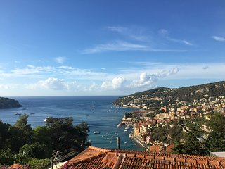 Bright Condo with Internet Access and A/C - Villefranche-sur-Mer vacation rentals