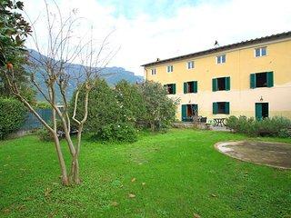 Nice 4 bedroom Vacation Rental in Camaiore - Camaiore vacation rentals