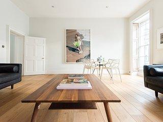 Unique 4 Bedroom Home - Fitzrovia - London vacation rentals