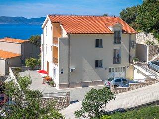Apartment Davor Tomaš A/2+2 Nr.2 - Brela vacation rentals