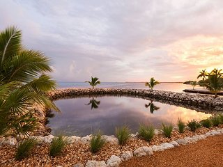 Sip your coffee looking out to a tropical sunrise - Marathon vacation rentals