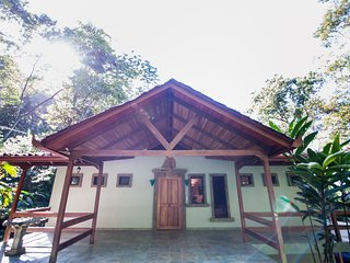 Fabulous Villa Mot Mot 4 BR Rain Forest Retreat - Manuel Antonio vacation rentals