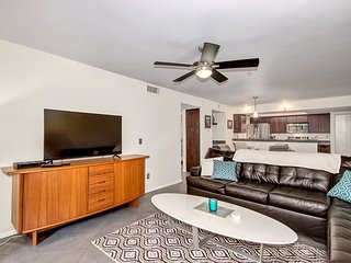 Pristine 2 bedroom Old Town Condo - Scottsdale vacation rentals