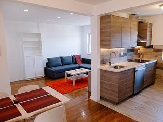Newly renovated apartment 8 minutes from Midtown Manhattan - Union City vacation rentals