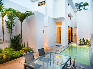 Casa Five 8 - A Sophisticated Urban Retreat - Merida vacation rentals