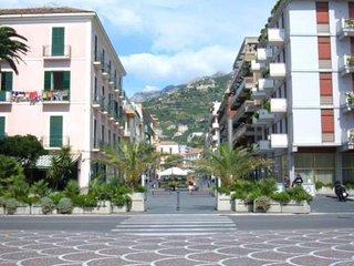2 bedroom Condo with Satellite Or Cable TV in Maiori - Maiori vacation rentals
