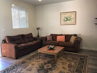 2bd/2bath, brand new  apartment, free parking  and Wi-Fi - Los Angeles vacation rentals