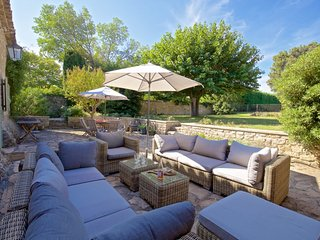 Comfortable Villa with A/C and Parking - Lourmarin vacation rentals