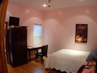 Quiet Bedroom/with private bathroom - San Francisco vacation rentals