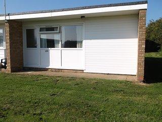 Delightful Chalet 122 , Hemsby,Yarmouth,norfolk - Hemsby vacation rentals