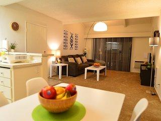 Furnished 2-Bedroom Apartment at Brookhurst St & Bolsa Ave Westminster - Westminster vacation rentals
