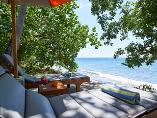 1BR Beachfront Villa / Honeymoon Escape - Singaraja vacation rentals