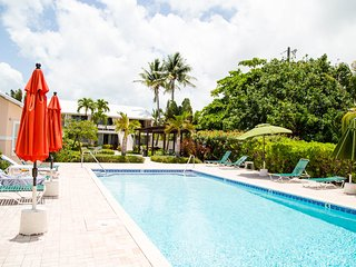 SMB-Newly renovated 2Bd/2Bath, - Seven Mile Beach vacation rentals