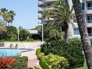 Beachfront, Gulf of Mexico View (3 Month Minimum) - Longboat Key vacation rentals