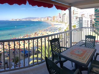SEAFRONT LEVANTE BEACH 3 BEDROOMS - Benidorm vacation rentals