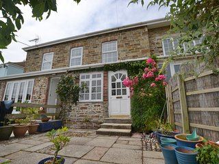 Alma House 2 - Mid-terrace cottage, superb location for beach, pet friendly. - Perranporth vacation rentals