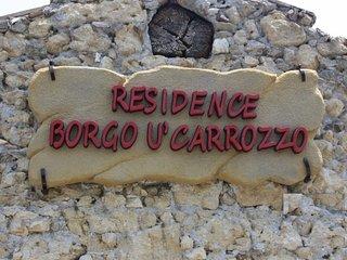 Borgo U' Carrozzo Casa con 1 Camera da Letto - Rodi' Milici vacation rentals