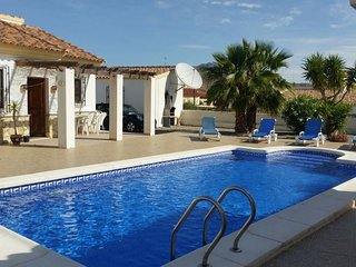 Beautiful 3 bedroom Arboleas Villa with A/C - Arboleas vacation rentals