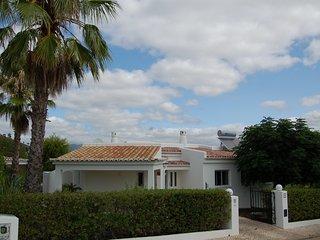 Bezaubernde Landvilla mit Blick auf die Berge von Monchique - Varzeas do Farelo vacation rentals
