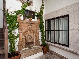 Best location & beauty. 4 blocks to Parroquia - San Miguel de Allende vacation rentals