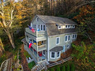 Nice House with Deck and Internet Access - Montreat vacation rentals