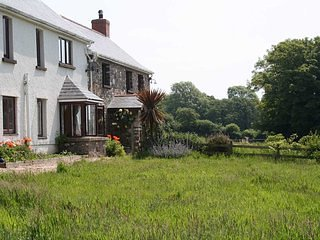 Luxury Holiday Farmhouse Gower Peninsula - Fairwood vacation rentals