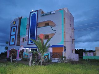 Beautiful Guest house with Internet Access and Wireless Internet - Tiruvannamalai vacation rentals