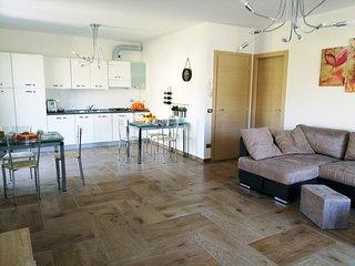 TeglioVacanze, villetta 90Mq in Valtellina - Teglio vacation rentals