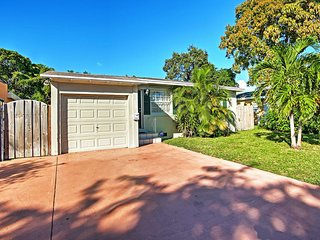 NEW! 3BR West Palm Beach! Optional Garage Studio w/Private Entrance & Kitchenette - West Palm Beach vacation rentals