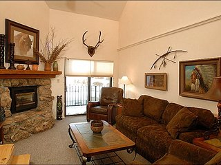 Charming Condo with Great Views - Perfect for Winter and Summer Trips (1122) - Crested Butte vacation rentals