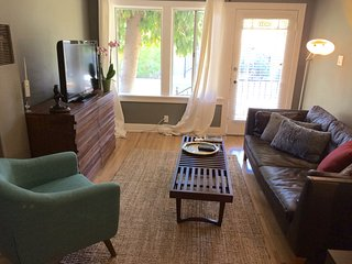 Cozy Condo with Internet Access and A/C - Glendale vacation rentals