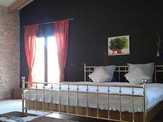 FINCA SIGGI, renoviertes Landhaus zw. Oliven und Mandarinen am Fluss Ebro - Amposta vacation rentals