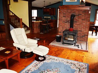 Six Bedroom Country Vermont Home - Monkton vacation rentals