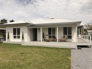 The Last Resort - Normanville  M6 - Normanville vacation rentals