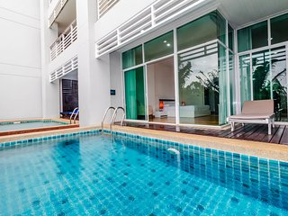 Stunning view 1 bedrooms condo with private pool near Karon Beach - Karon Beach vacation rentals