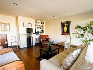 Furnished 1-Bedroom Apartment at Broderick St & Haight St San Francisco - San Francisco vacation rentals