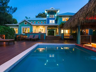 Perfect Roatan vacation House with A/C - Roatan vacation rentals