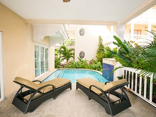 Perfect 2 bedroom Sandy Bay House with Internet Access - Sandy Bay vacation rentals