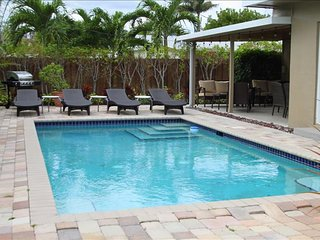 1. Windward Escape 4/3,  5 Min Walk to Beaches, Heated Pool! - Pompano Beach vacation rentals
